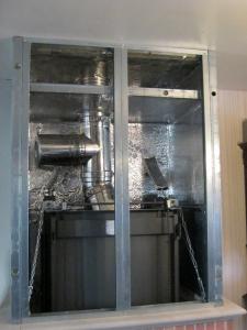 mise en place firerock laine de roche feuille alu antifeu dans la hotte avec cration lintrieur dun palier de dcompression 23 - Caisson De Decompression Cheminee
